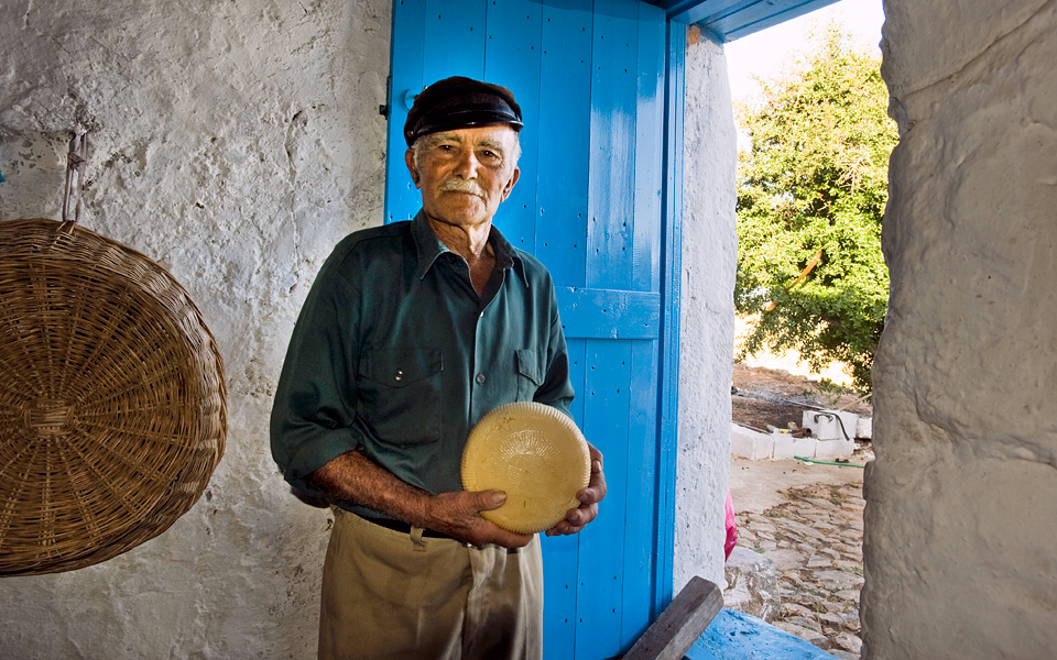The people of Kasos have been producing cheeses of excellent quality for decades.