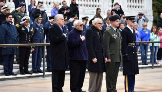ΗΠΑ-Β' Παγκόσμιος Πόλεμος-28η Οκτωβρίου Με τιμές ήρωα βραβεύτηκε στην Ουάσιγκτον ο Αλέξανδρος Γεωργιάδης, από το Όθος Καρπάθου