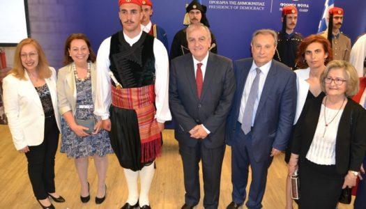 """Ένταξη της παραδοσιακής ενδυμασίας του """"Βρακοφόρου του Αιγαίου"""" στην  Προεδρική Φρουρά."""
