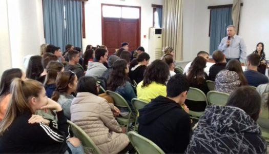 Εκπαιδευτική εξόρμηση του Ομίλου Εθελοντών κατά του Καρκίνου – ΑγκαλιάΖΩ στα σχολεία της Καρπάθου και της Κάσου