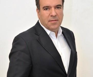 Ο συμπατριώτης μας βουλευτής Μάνος Κόνσολας εξελέγη ομόφωνα Αν. Καθηγητής στο Πανεπιστήμιο Αιγαίου