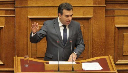 Μάνος Κόνσολας: Nα επιστρέψει άμεσα ο χειρουργός στην Κάρπαθο