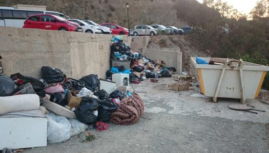 Φωτογραφική ( ; ) η μελέτη αποκομιδής των σκουπιδιών | Εγκρίθηκε με πολλά αναπάντητα ερωτηματικά  από την Οικονομική Επιτροπή.
